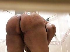 Spy cam my mom ass , Saudi Arab